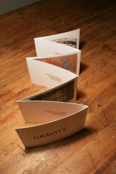 Gravity open verticle